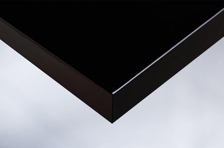 J5 lacquered black