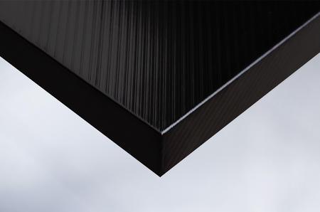S1 black vertical striped